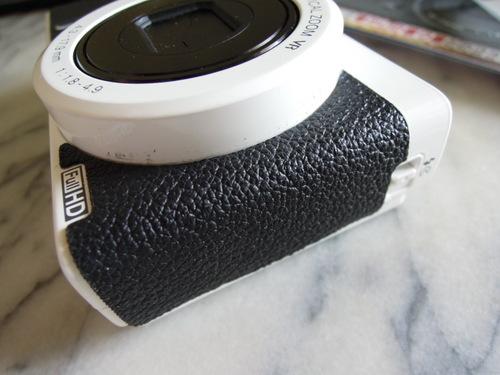 Nikon COOLPIX P310 ホワイト用の張り革キットを張ってみた